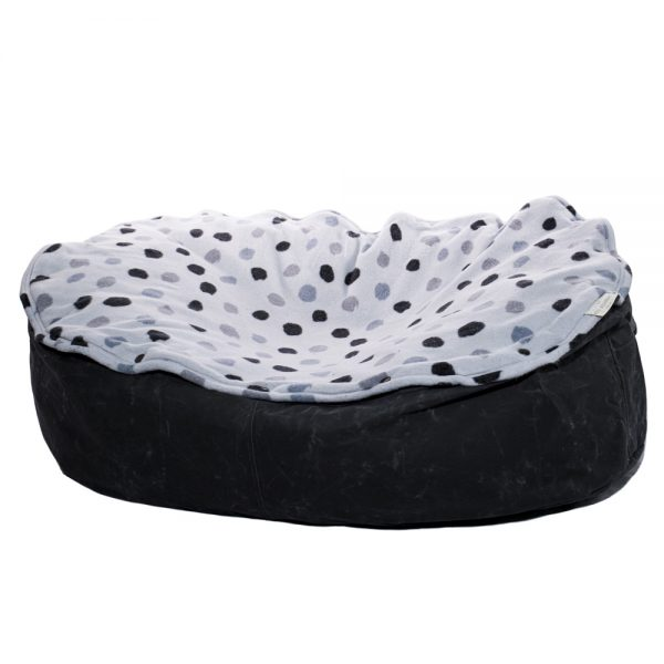 Eco-friendly pet beds orca spot